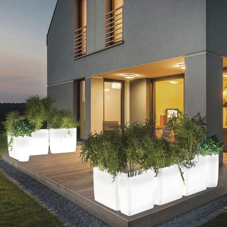Najlepsze oświetlenie ogrodowe – zbuduj magiczną atmosferę w swoim  ogrodzie!